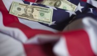 Dollar tumbles as political uncertainty persists