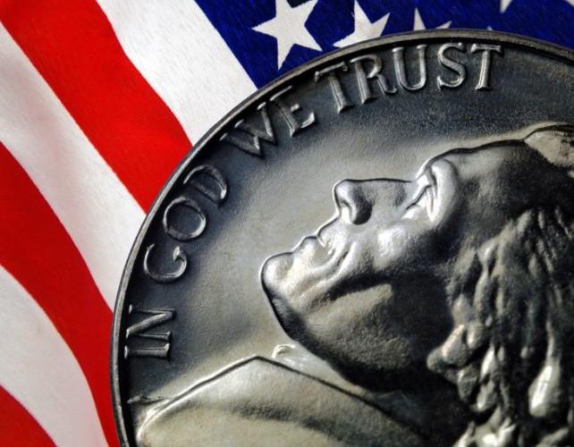 Dollar holds its ground despite government shutdown