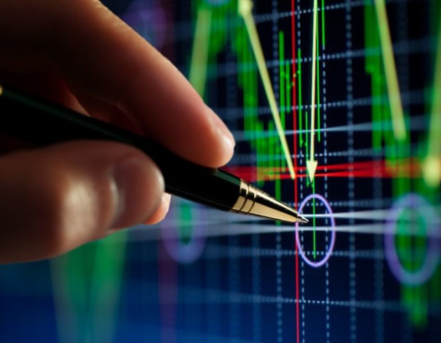 Equity market rout lifts dollar's safety bid