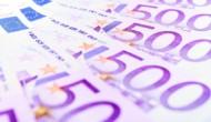 Australian GDP delines; euro optimistic ahead of ECB